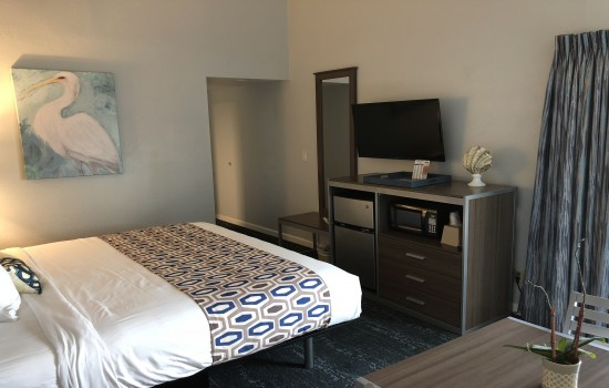 Welcome To The Sand Dollar Inn - King Room
