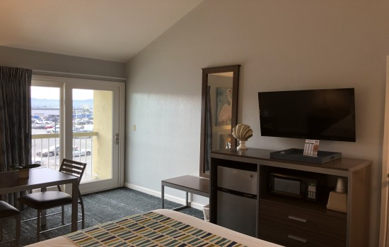 Welcome To The Sand Dollar Inn - Queen Room